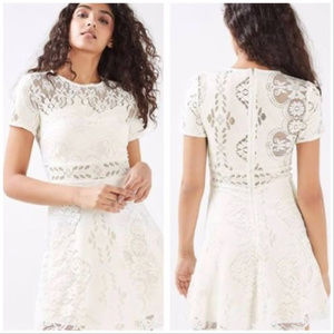 Topshop NWT Ivory Lace Skater Dress. Size 2